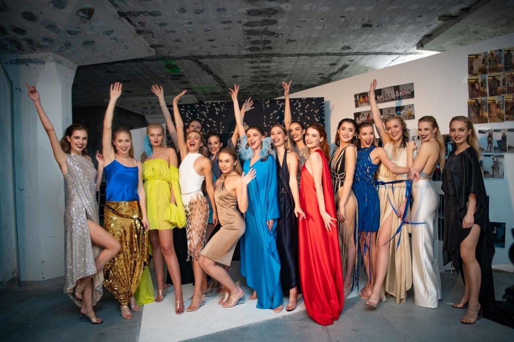Miss Slovensko 2019 is Frederika Kurtulikova - Page 4 57608810