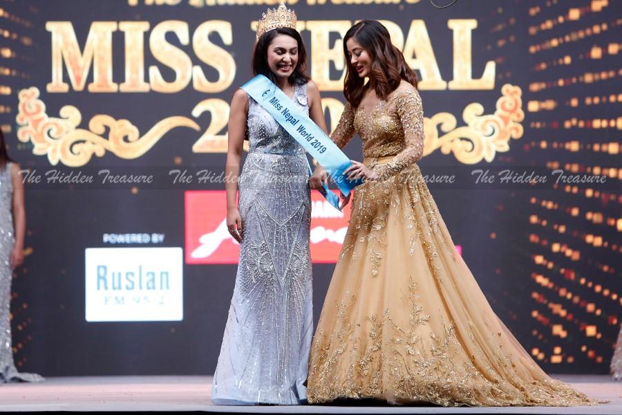 Anuska Shrestha (NEPAL 2019) 60149410