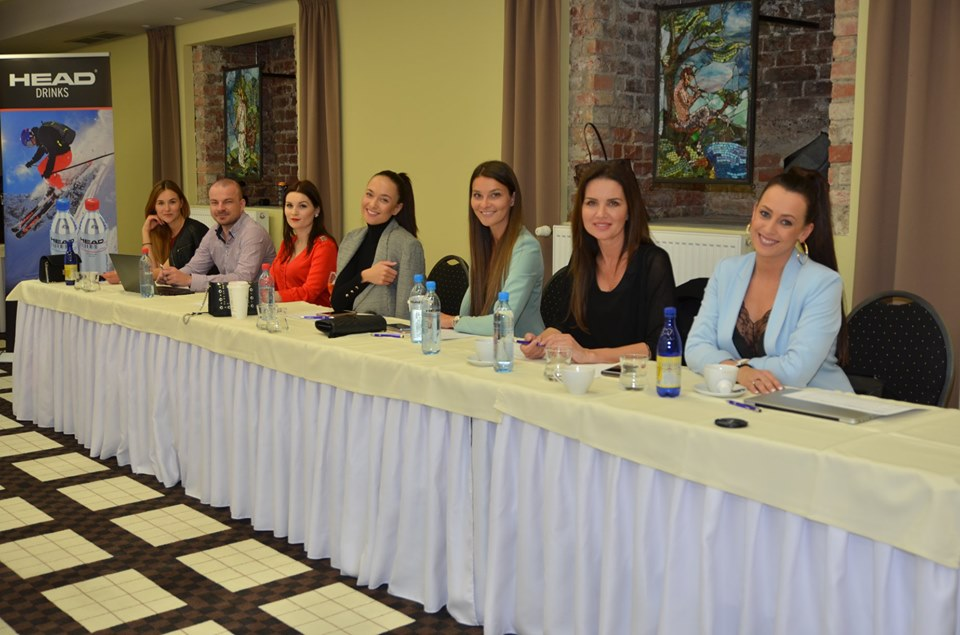 Road to Česká Miss 2019! 61110410