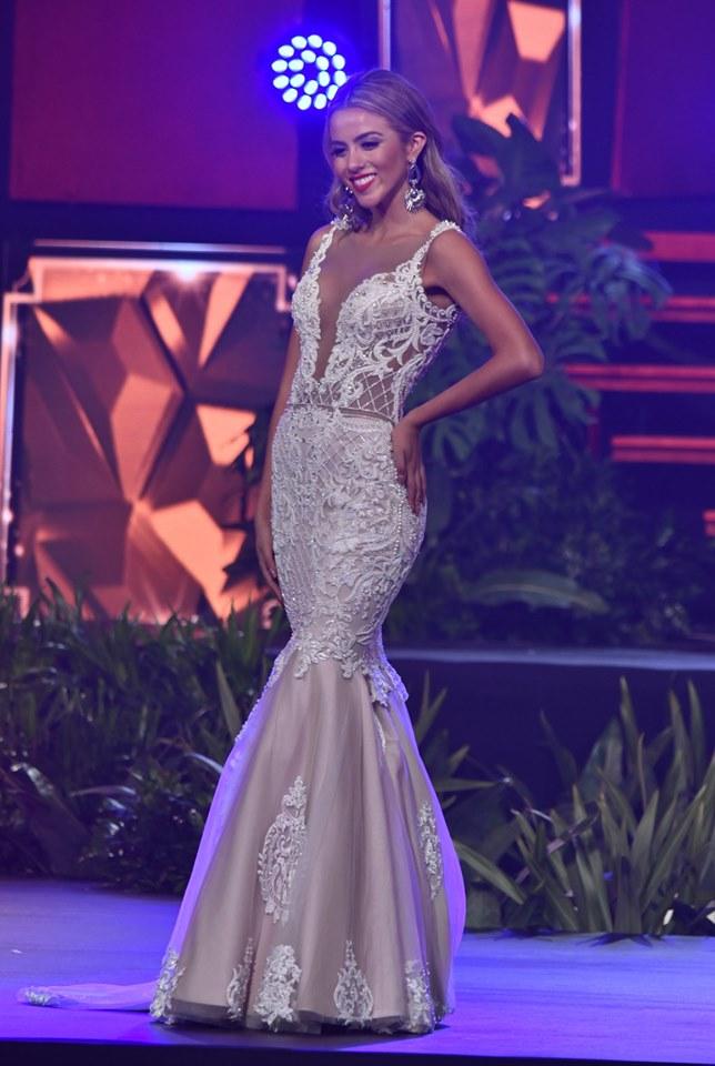 Carolina Rojas  (BOLIVIA 2019) 65882510