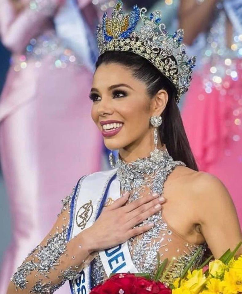Thalía Olvino (VENEZUELA 2019) 67562310