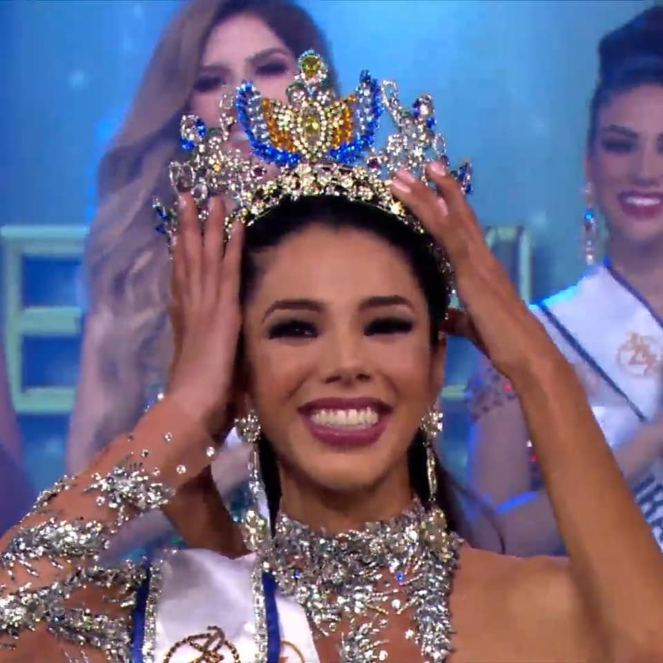 Thalía Olvino (VENEZUELA 2019) 67616310