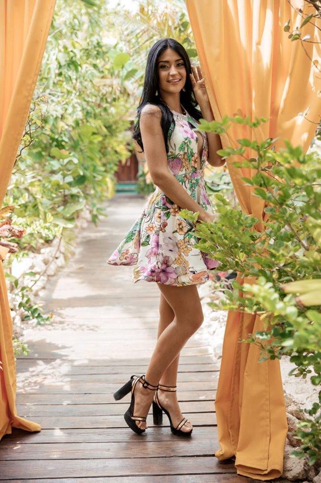 Danna Garcia (ARUBA 2019) 67753412