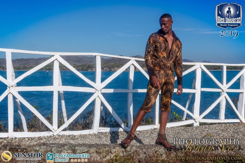 The Official thread of Men Universe 2018: Anthony Clarinda of Curaçao - Page 2 68299310