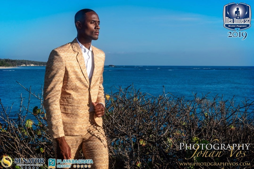 The Official thread of Men Universe 2018: Anthony Clarinda of Curaçao - Page 2 68516410