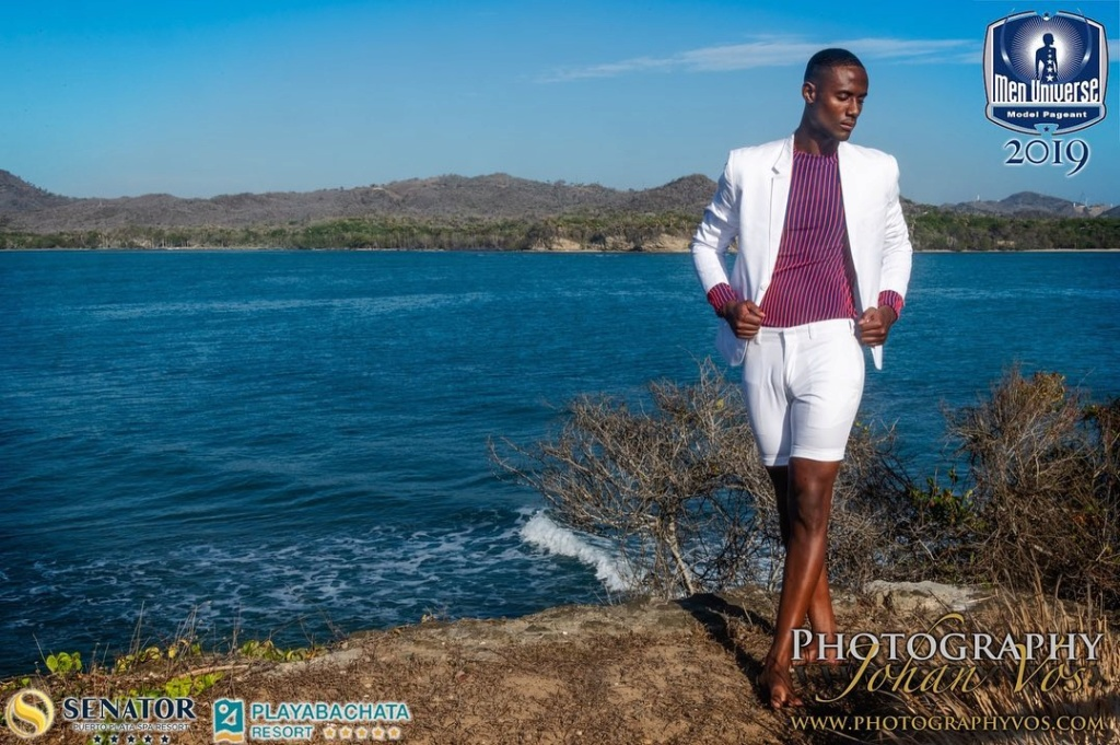The Official thread of Men Universe 2018: Anthony Clarinda of Curaçao - Page 2 68554010
