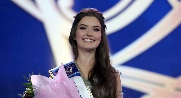 Anastasia Laurynchuk (BELARUS 2019) 69925110