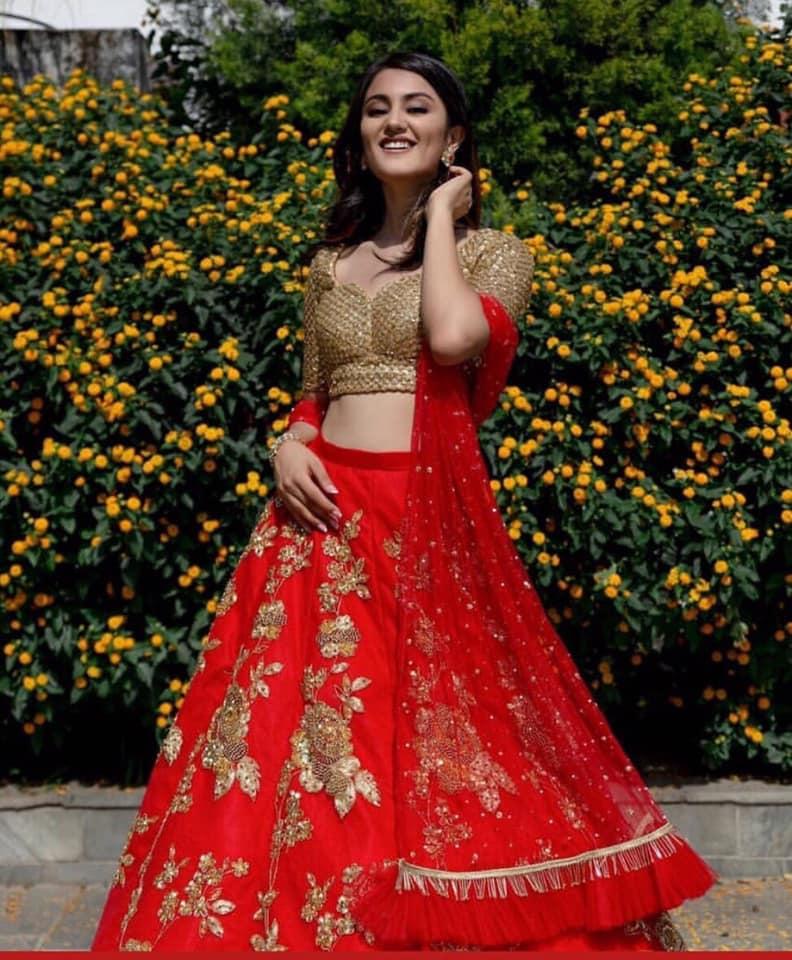 Riya Basnet (NEPAL 2019) 70318010