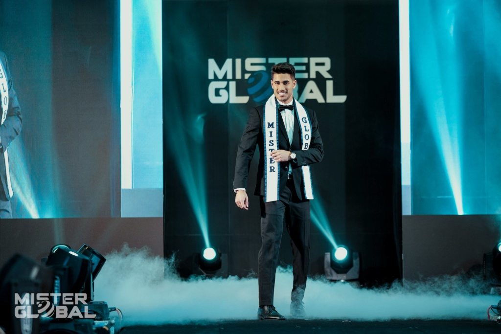The Official thread of MISTER GLOBAL 2018: DARIO DUQUE OF USA - Page 3 70982110