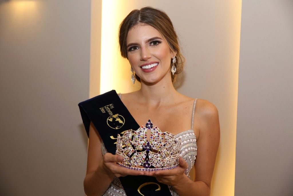 Miss United Continents 2019 is Anairis Cadavid Ardila from COLOMBIA  71299310