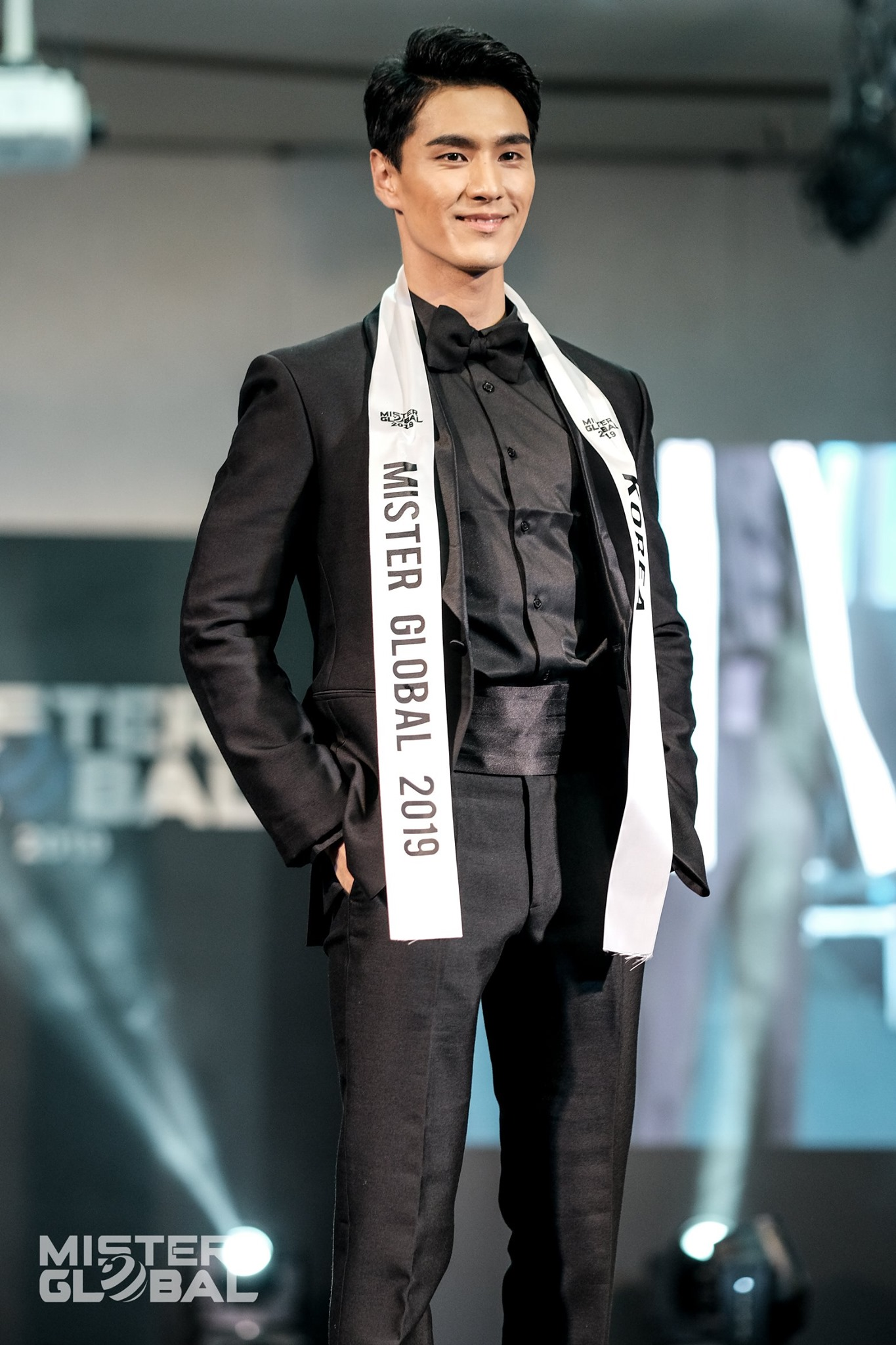 jongwoo kim, mr global 2019. - Página 3 71771810
