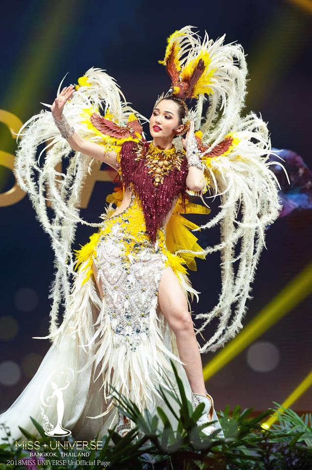 Miss Universe 2018 @ NATIONAL COSTUMES - Photos and video added - Page 6 8130
