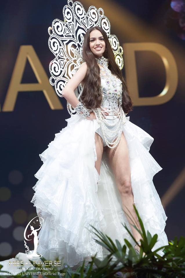 Miss Universe 2018 @ NATIONAL COSTUMES - Photos and video added - Page 6 8134