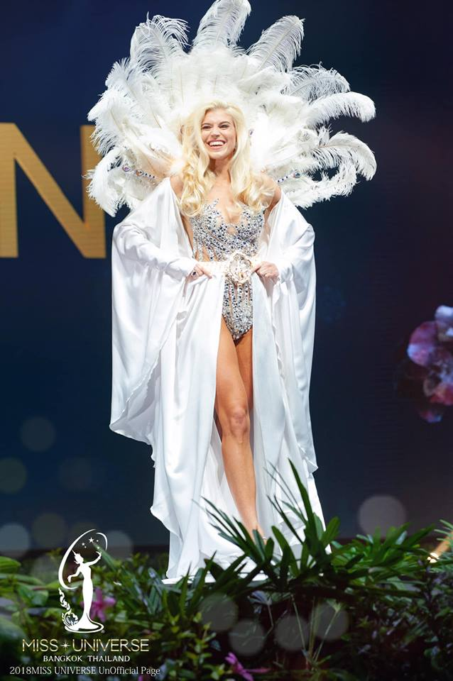 Miss Universe 2018 @ NATIONAL COSTUMES - Photos and video added - Page 6 9116