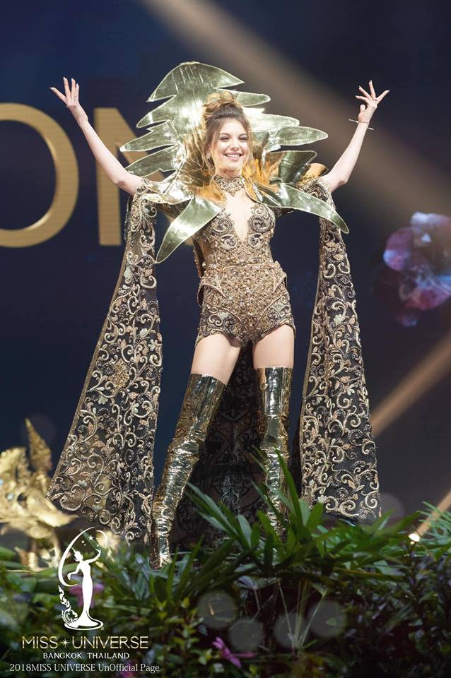 Miss Universe 2018 @ NATIONAL COSTUMES - Photos and video added - Page 6 9118