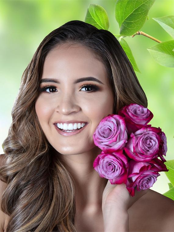 Antonella Paz Marin (ECUADOR 2019) Ecuado16
