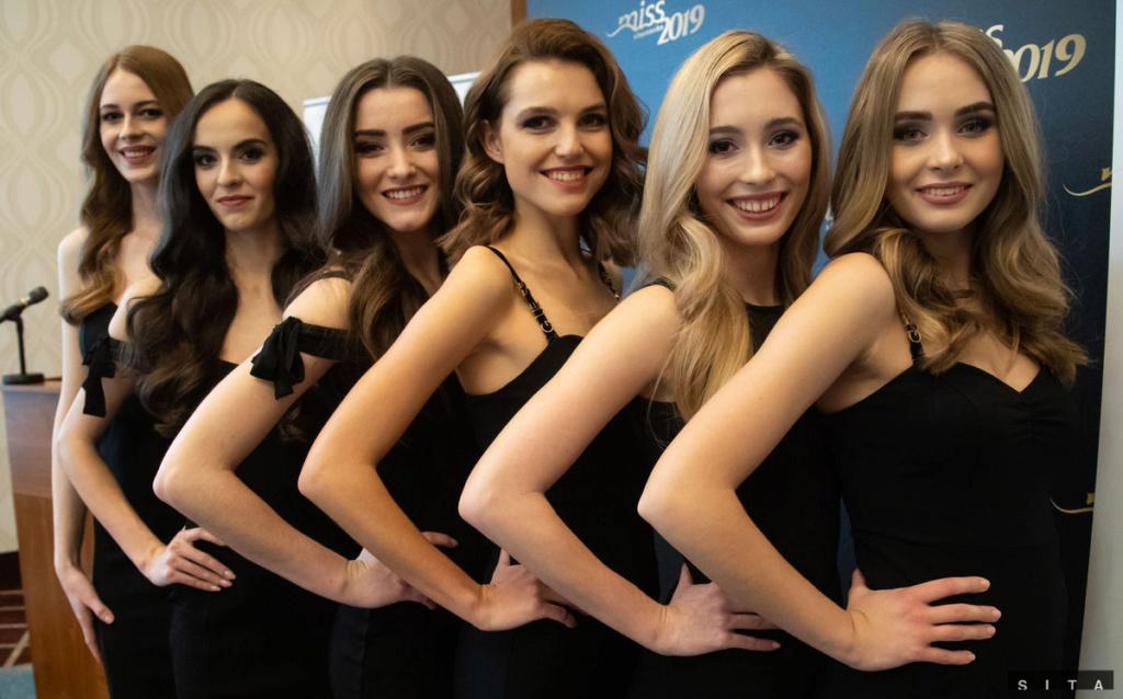 Miss Slovensko 2019 is Frederika Kurtulikova Finali11
