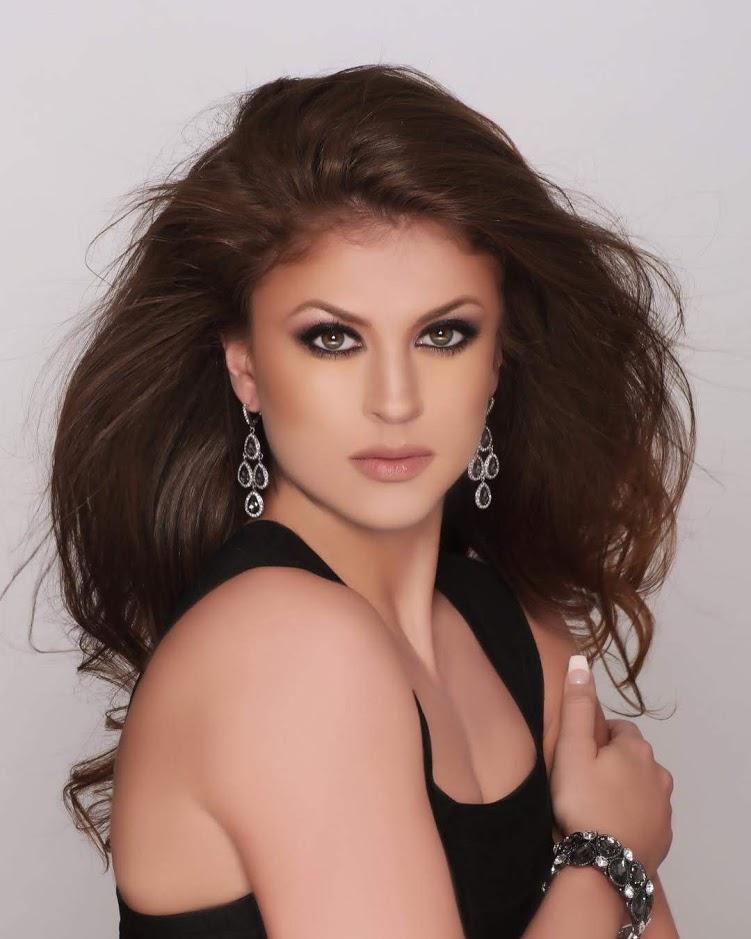 Alexandra Plotz (ILLINOIS 2019) Illino12