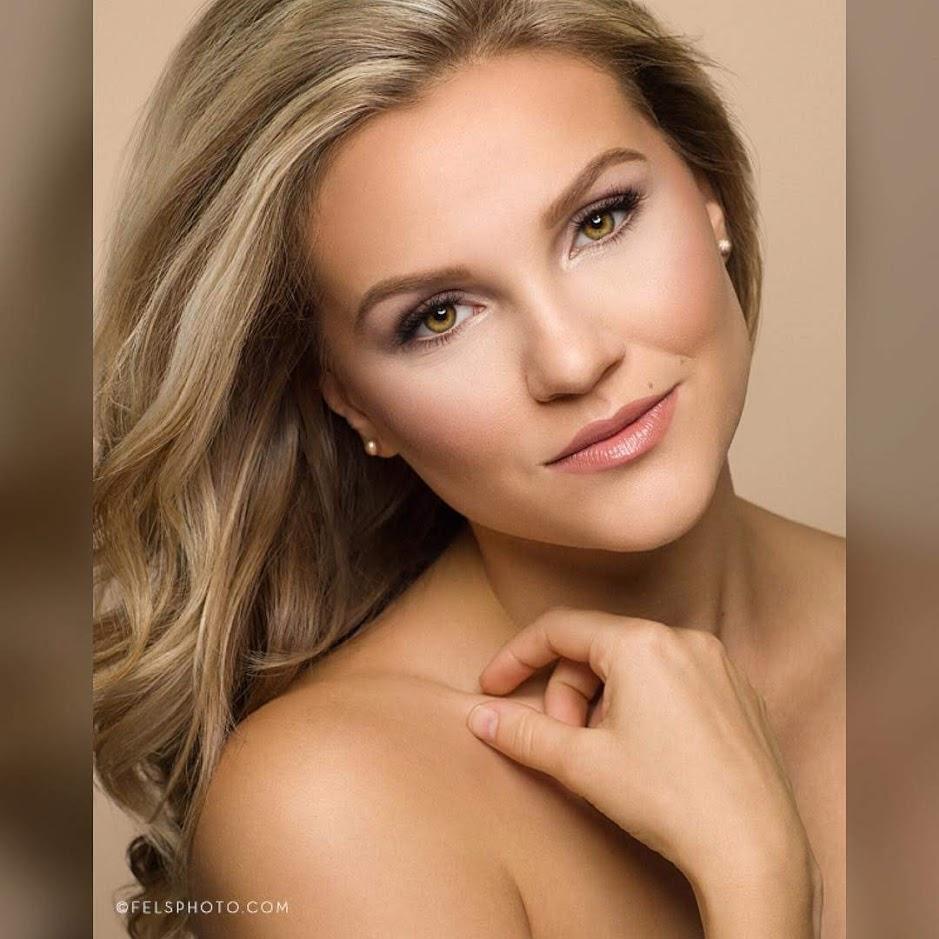 Baylee Drezek (IOWA 2019) Iowa_410