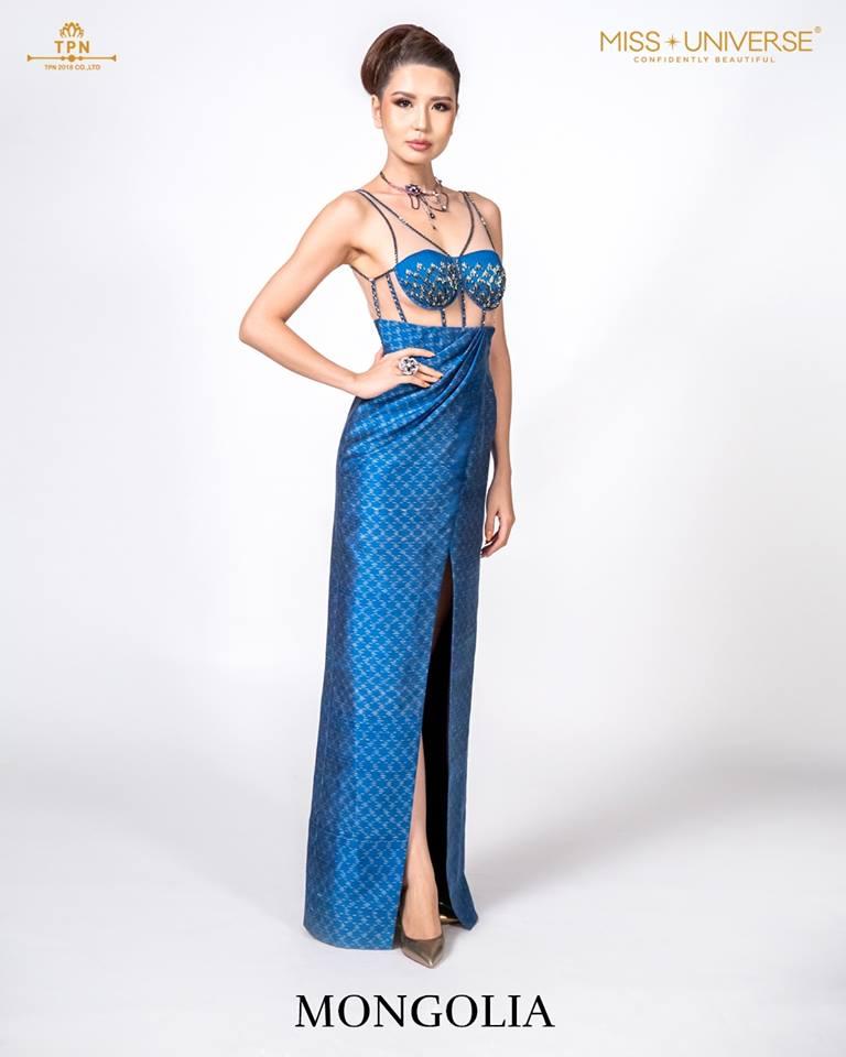 © Miss Universe 2018  © Thai Silk Portraits  ©  Mongol12
