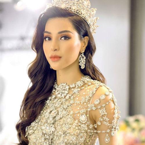 Doung Nguyen Khá Trang from Vietnam is the Supermodel International 2018! Superm10