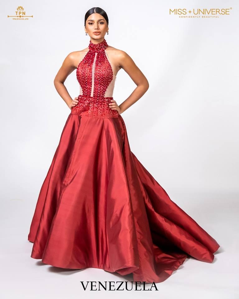 © Miss Universe 2018  © Thai Silk Portraits  ©  Venezu15