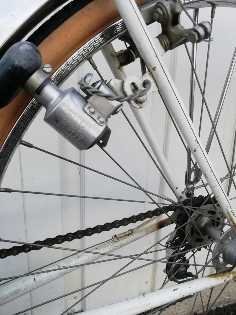 problème axe de roue arrière Img_1250