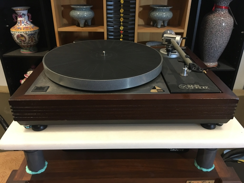 Linn Sondek LP12 with Ittok Arm LV II Img_6812