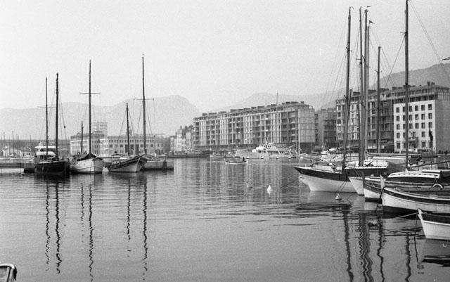 [Les ports militaires de métropole] TOULON au début des années 60 - Page 5 Annaes11