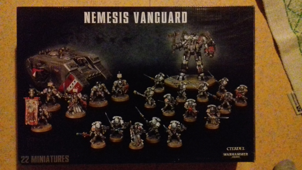 Chevaliers gris Warhammer 40k neuf, sur grappes.  67548510