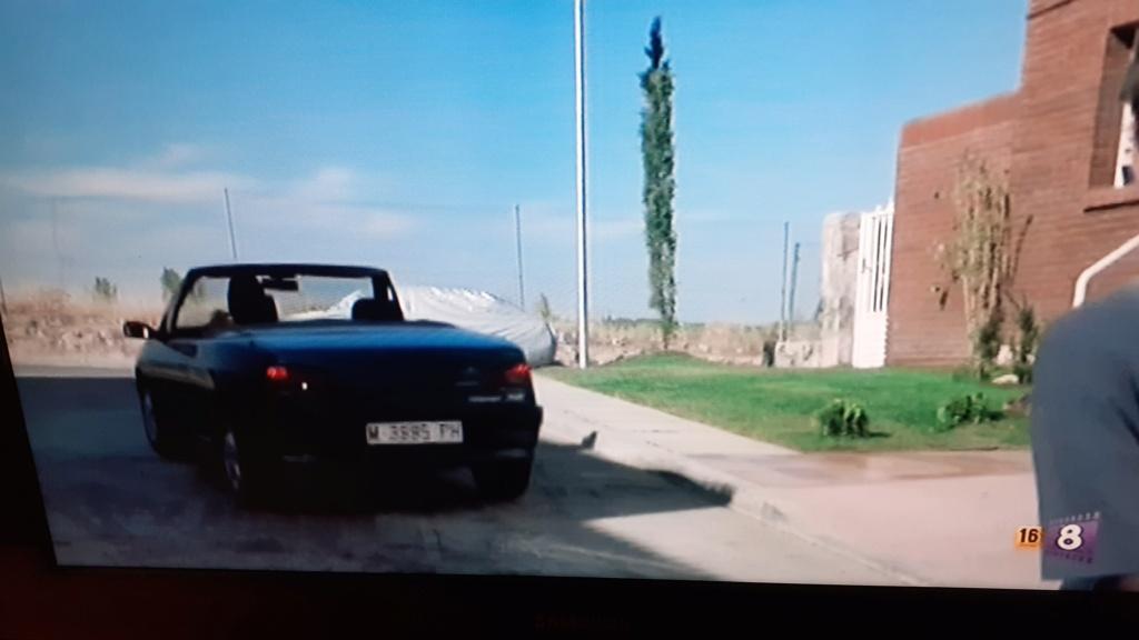 [ CINE ] Películas en las que sale un 306 cabriolet ¿Alguien tiene el M-3995-PH? - Página 2 20210211