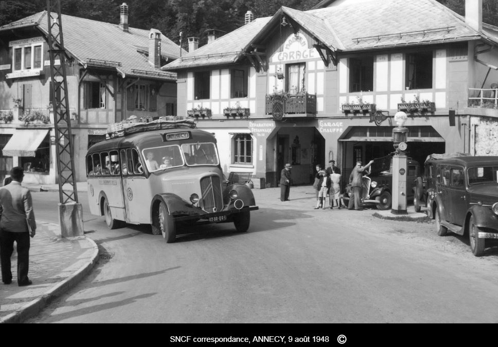 Photos d'autobus et autocars Citroën - Page 15 713810