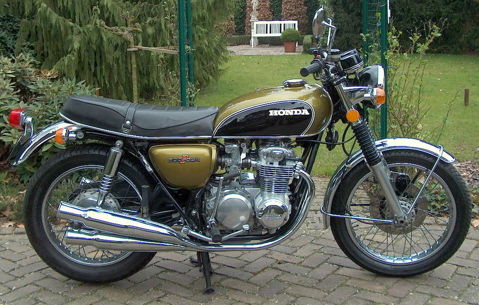MOTOS - SOLEX - VELOS - SCOOTERS - CYCLES DE TOUTES ESPECES  - Page 4 Honda_10