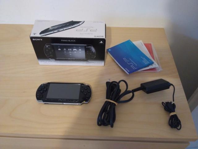 [EST] PSP 2004 SLIM & LITE PIANO BLACK Img_1311