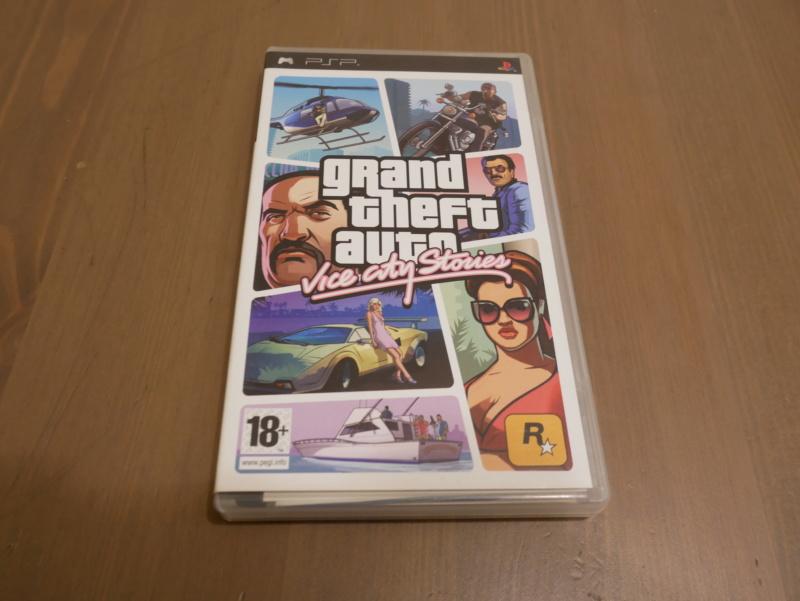 [VDS] GTA Liberty city Stories et GTA Vice City Stories PSP P1040721