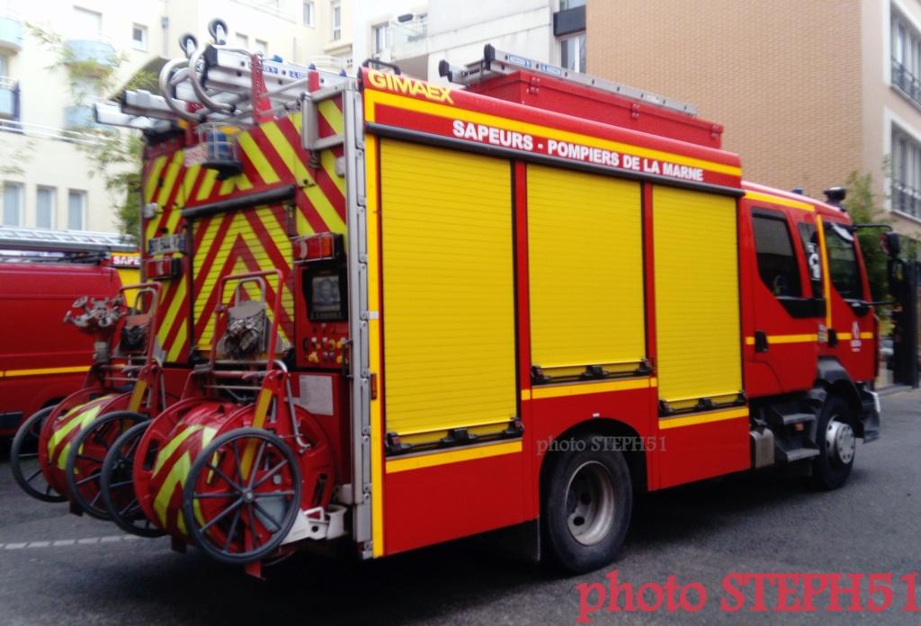 les Pompiers de Noël Épernay 21.12.2019   423