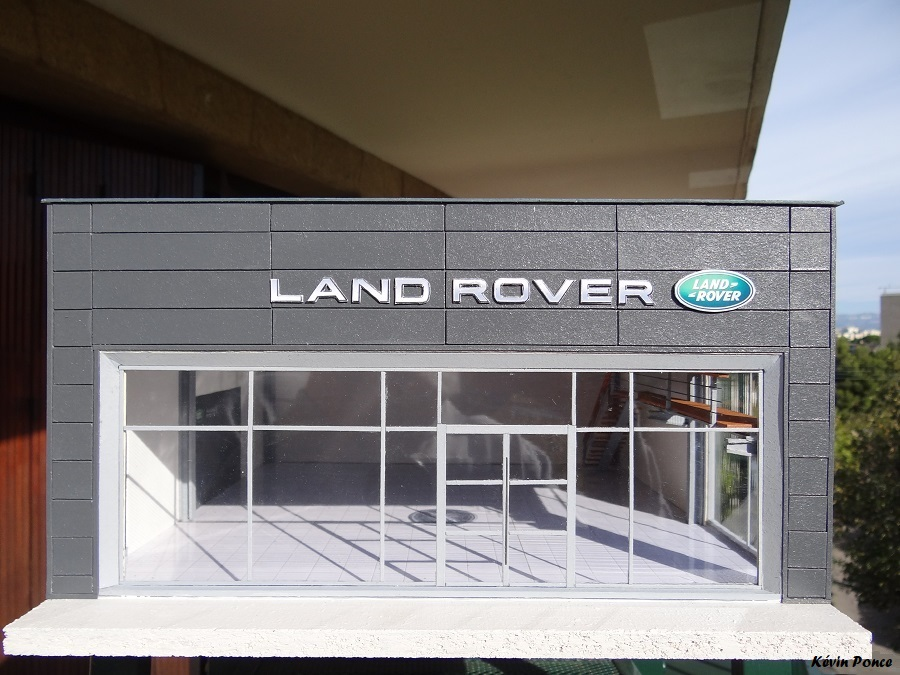 030-2014-10-CONCESSION LAND ROVER 2014-113