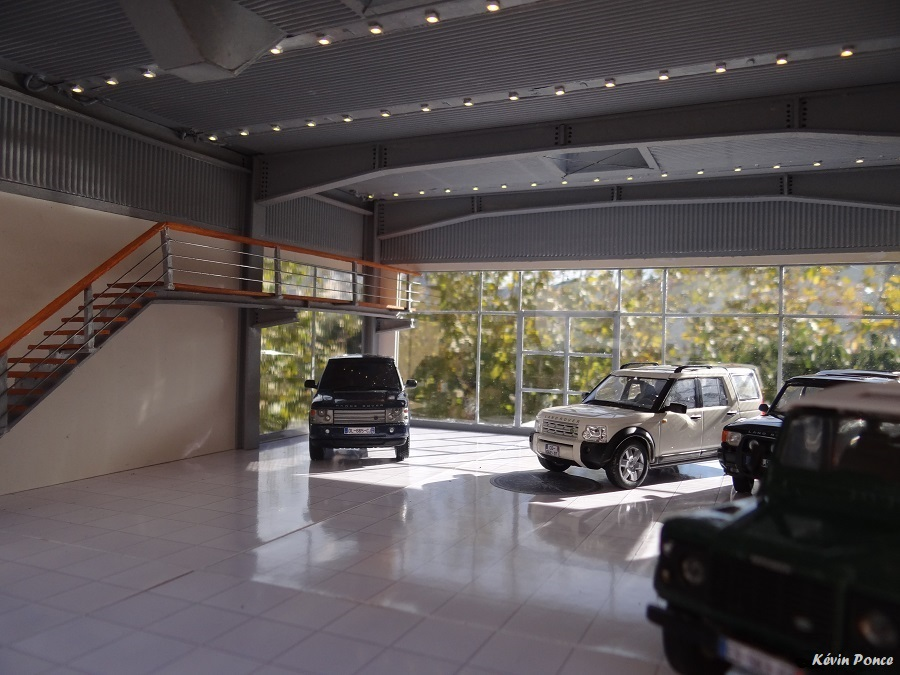 030-2014-10-CONCESSION LAND ROVER 2014-121