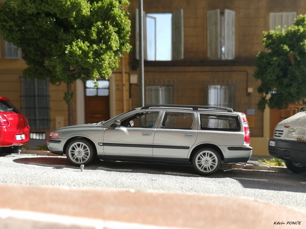 VOLVO Volvo_80
