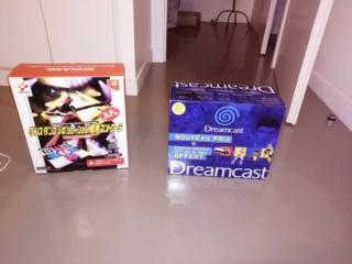 Recherche des packs de console dreamcast pour ma collection  Img_2014