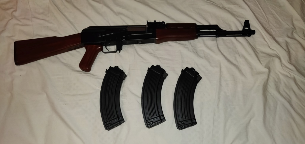 AK47 NEXT GEN TOKYO MARUI avec 3 chargeur next gen - 300e Img_2013