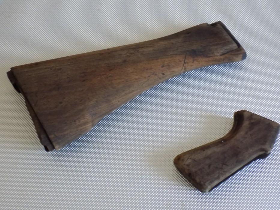 Traitement d'origine des bois d'un FAL L1A1 Crosse10