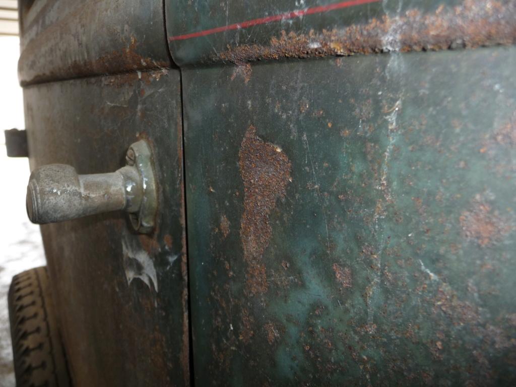 Coque de Ford 32 4 portes VENDU P1060015