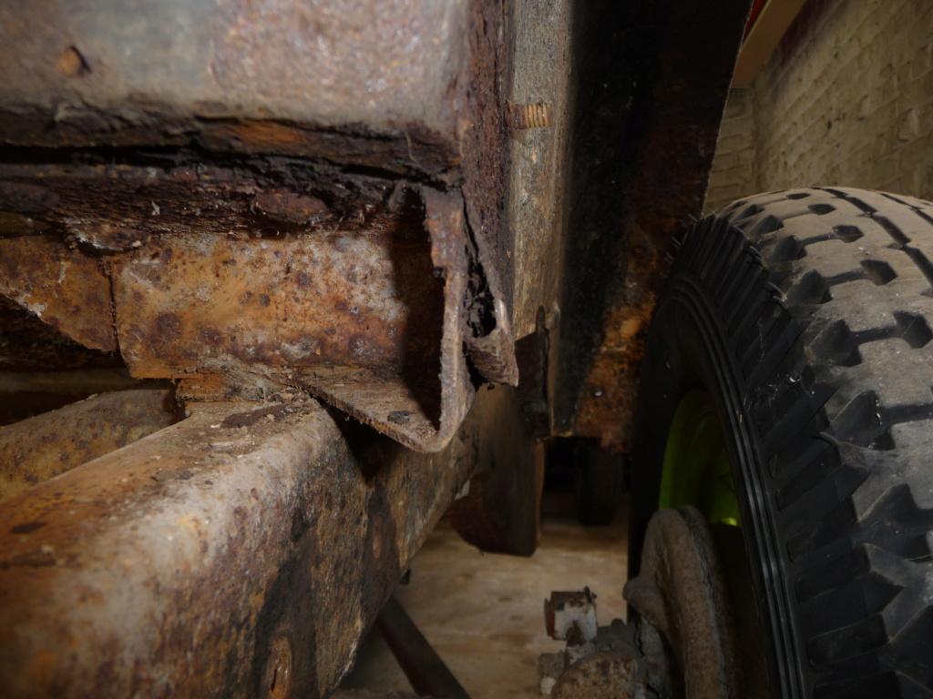Coque de Ford 32 4 portes VENDU P1060024