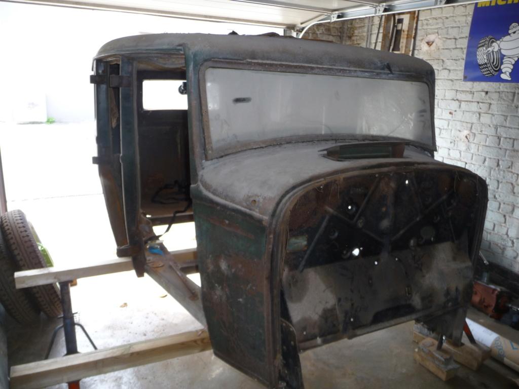 Coque de Ford 32 4 portes VENDU P1060113