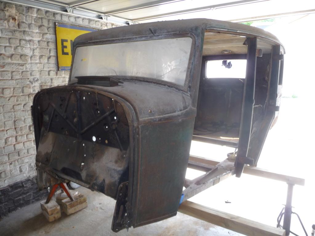 Coque de Ford 32 4 portes VENDU P1060114