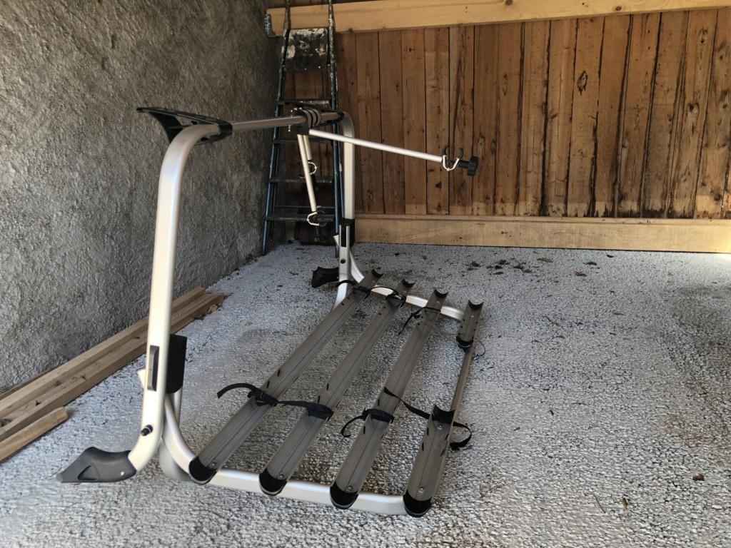 Porte vélo T5 et housse de siège  Facd3010
