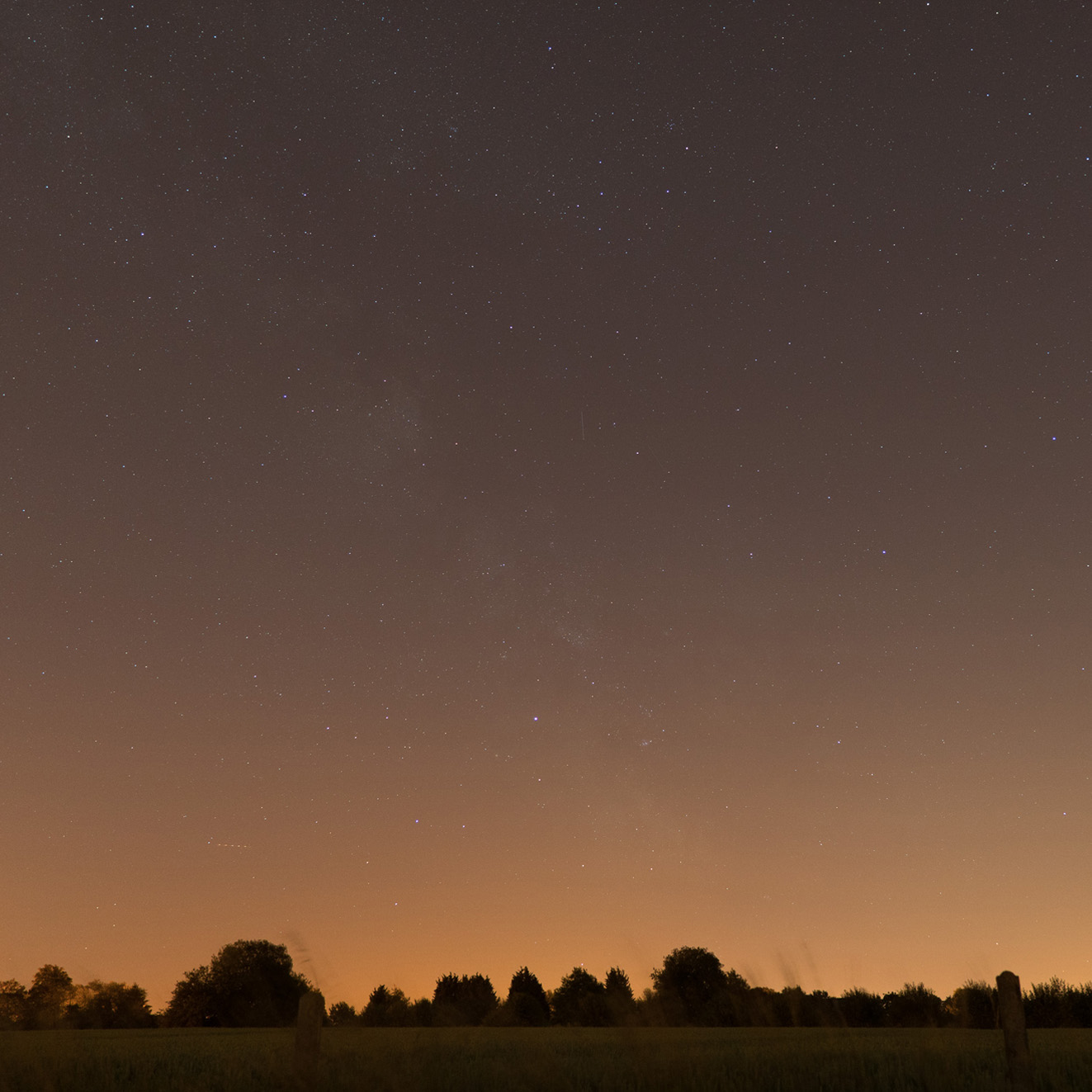 nuages noctiluques et voie lactée 1-uned10