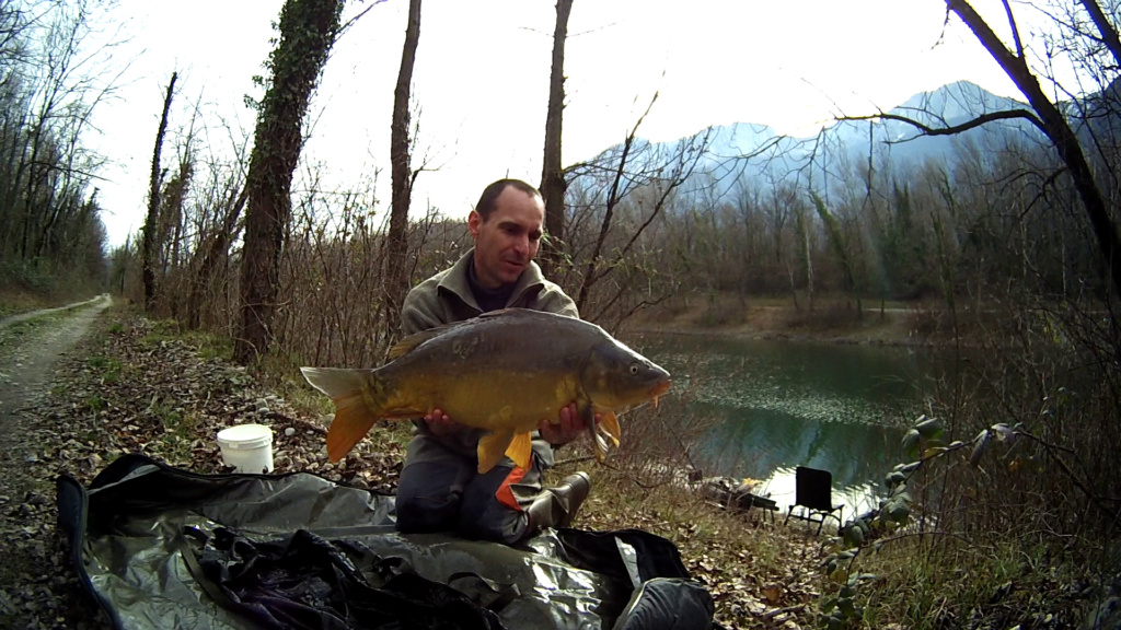 Premières pêche de l' année. Vlcsna64