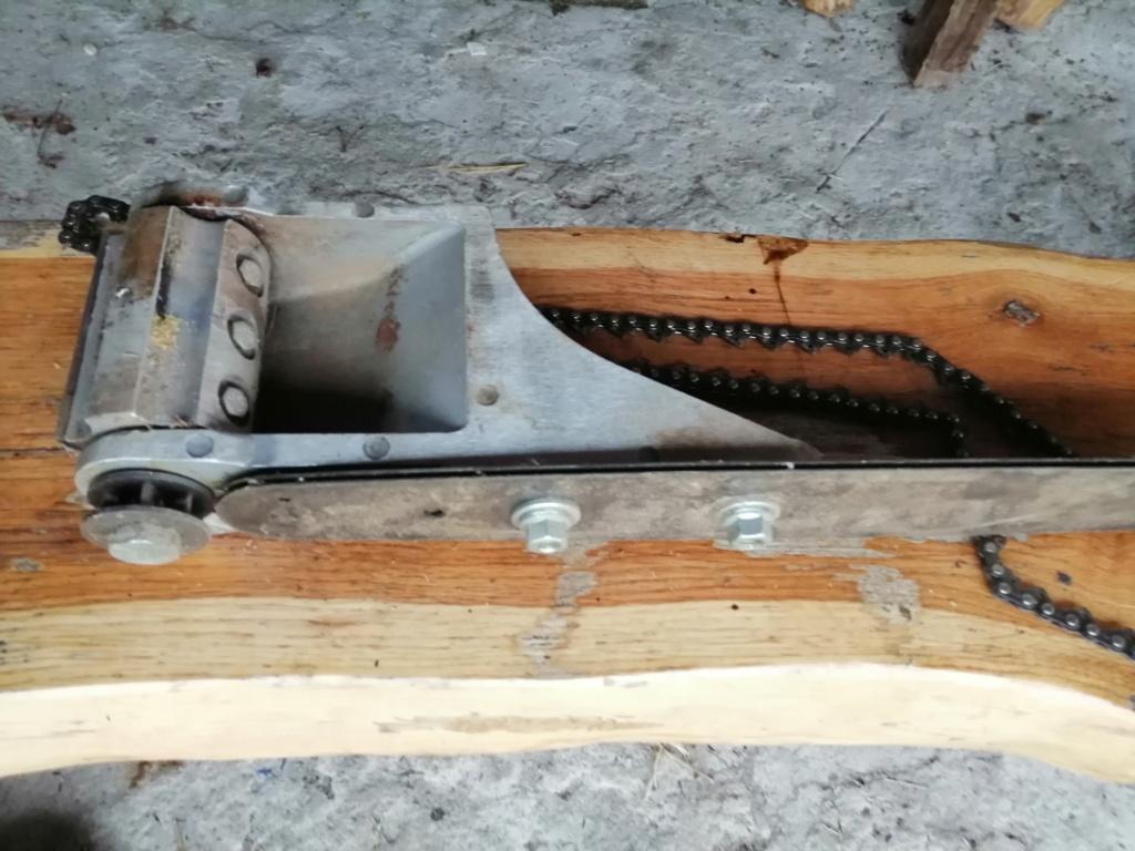 motoseghe con dotazioni da carpenteria legno - Pagina 2 Img_2012